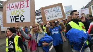 RWE-Mitarbeiter demonstrieren gegen Kohleausstieg