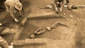 Spektakulärer Fund in Peru: 3000 Jahre alte Skelette ausgegraben
