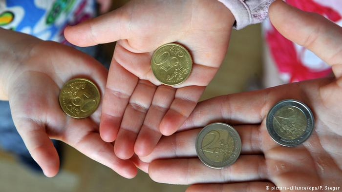 Studie: Mehr Kindergeld hilft armen Kindern