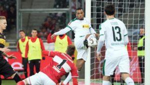 Borussia Mönchengladbach dreht rechtzeitig auf