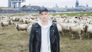 Da nich für!: Dendemann pflanzt ein Tulpenbeet