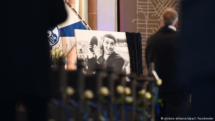 Abschied von Schalke-Legende Rudi Assauer