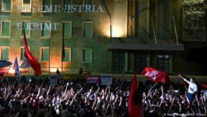 """Albanien: """"Die Verbindungen der Parteien mit der Mafia sind real"""""""