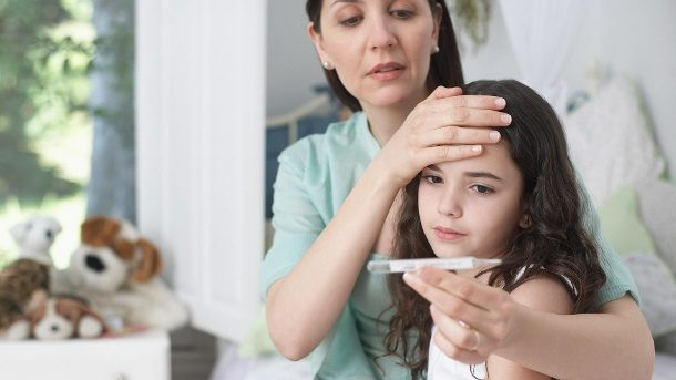 Fieber bei Babys und Kindern: Wann zum Arzt?