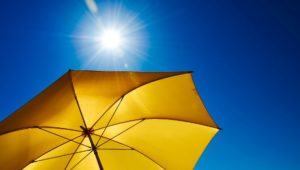 Wetterdienst warnt vor UV-Strahlung: So schützen Sie sich