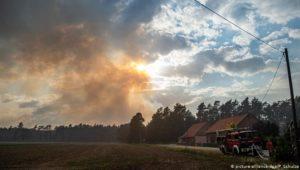Waldbrand von Mecklenburg-Vorpommern weitet sich aus