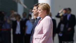 Merkel erleidet erneuten Zitteranfall
