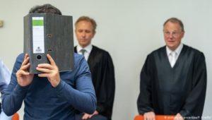 Warum Kriegsverbrechern in Deutschland der Prozess gemacht wird